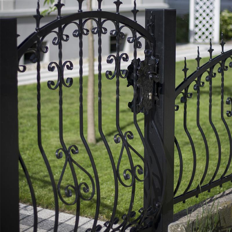 ogrodzenie kute klasyczne detale metal przęsła wzory malowanie proszkowe ocynk